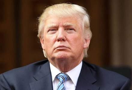Трамп каже, щосаме спецпрокурор Мюллер радив звільнити директора ФБР Комі