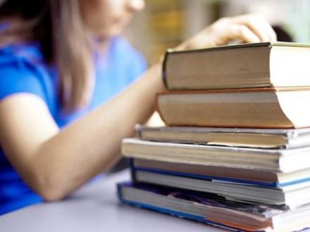 Уряд збільшить видатки на освіту