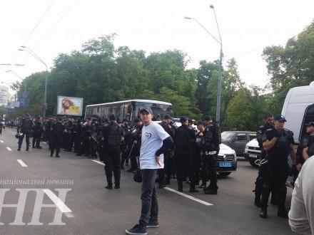 Крищенко: Намарші ЛГБТ уКиєві накожного учасника буде пополіцейському