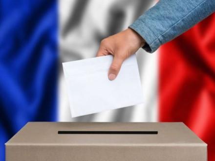 Соціологи прогнозують наднизьку явку виборців навиборах уФранції