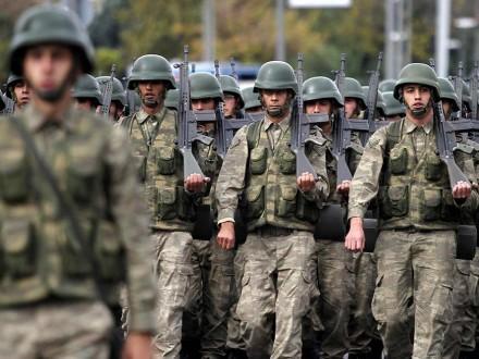 УТуреччині після отруєння 730 військових затримали десятки співробітників компанії-постачальника