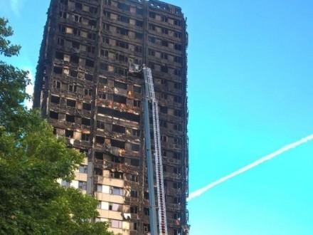 Кількість жертв лондонської пожежі зросла до79 осіб