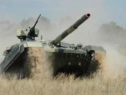 Турчинов обещает десять танков «Оплот» для армии