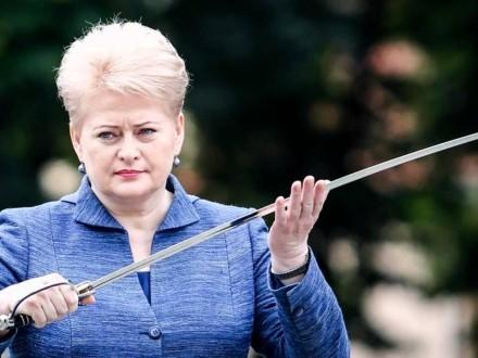 Грибаускайте вимагає посилити санкції проти Росії