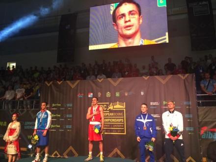 Светличная вручила медали победителям заключительных поединков чемпионата Европы побоксу