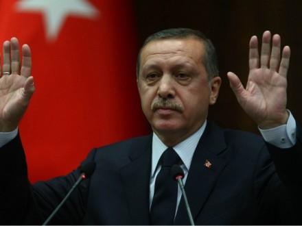 Ердоган впав без свідомості вмечеті: стали відомі подробиці