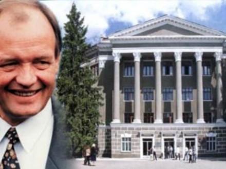 Умер ректор Харьковского авиационного университета Владимир Кривцов