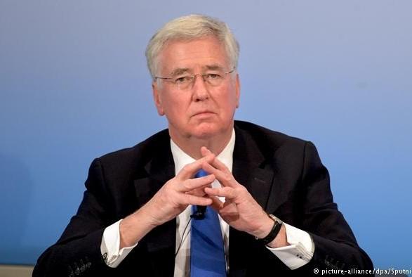 Міністр оборони Великої Британії подав у відставку через свою поведінку