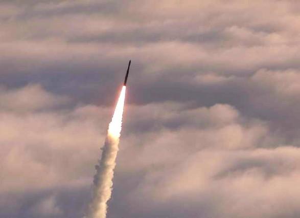 Розвідка Південної Кореї заявила, щоКНДР готує новий запуск ракети