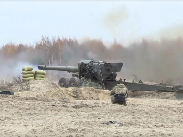 Турчинов відрапортував про успішне випробування дефіцитних боєприпасів для ЗСУ