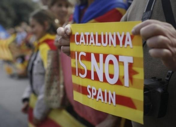 Вуряді Іспанії заявили про інтернет-маніпуляції Росії навколо Каталонії