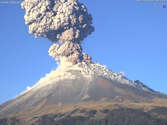 Вцентральной Мексике проснулся вулкан