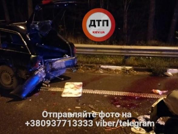 Штовхали авто дозаправки: устрашній ДТП постраждало вісім людей