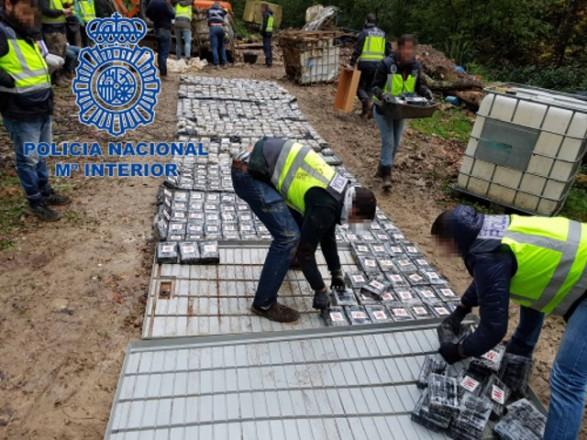 Поліцейські в Іспанії вилучили 1,2 тонни кокаїну