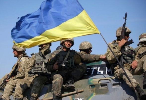 Під обстрілом бойовиків наДонбасі загинув український боєць, щедвоє поранені