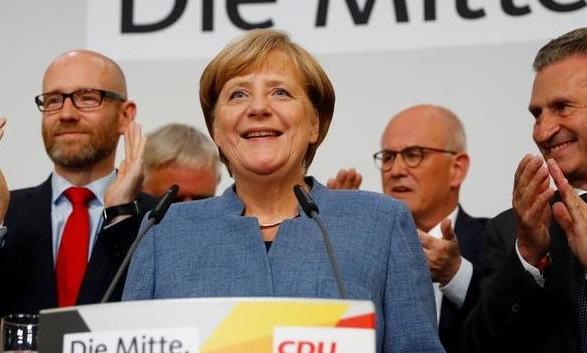 Меркель сообщила опровале переговоров посозданию правящей коалиции