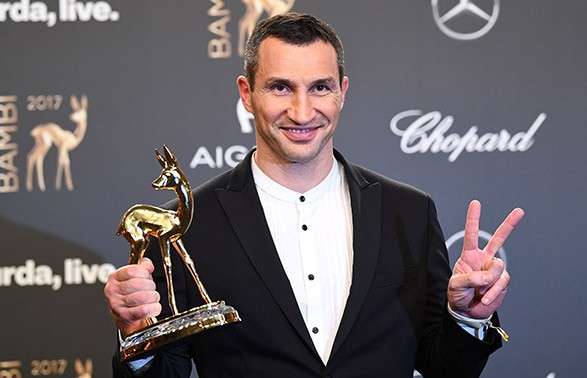 Володимир Кличко отримав престижну премію тапоклав її у ліжко