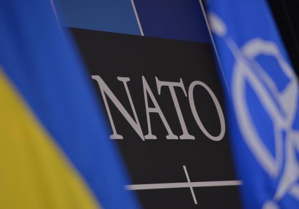 Стало відомо, скільки українців хочуть уНАТО і ЄС