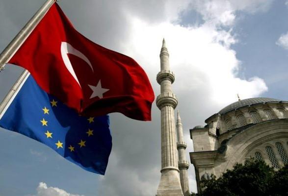 ЄС прийняв рішення скоротити фінансову допомогу Туреччині