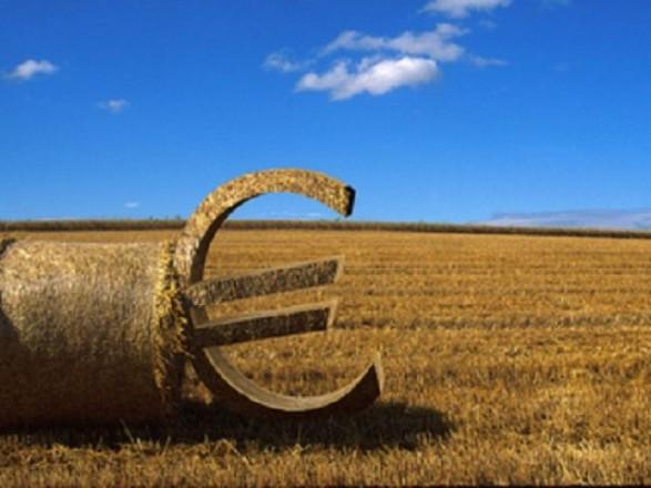 Агропромисловий комплекс забезпечує близько 14% обсягу ВВП України - Гройсман