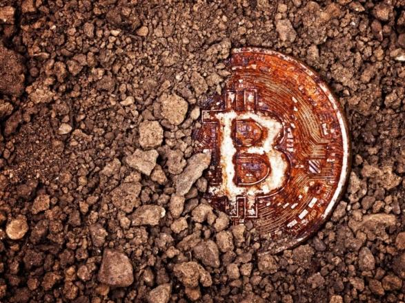 Новий історичний рекорд. Bitcoin злетів вище ніж $8100