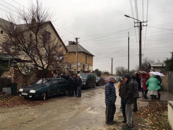 Окупанти уБахчисараї проводять обшук укримськотатарського активіста