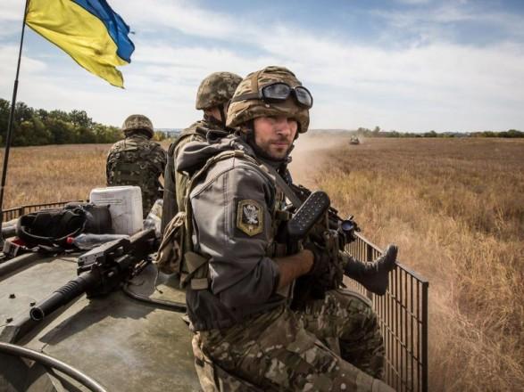 Бойовики неприпиняють обстріли позицій ЗСУ наДонбасі: сили АТО зазнали втрат