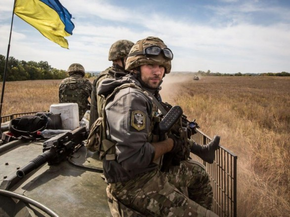 Штаб АТО: запрошедшие сутки боевики 12 раз нарушили перемирие