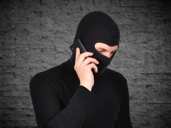 В РФ планируют блокировать звонки'телефонных террористов