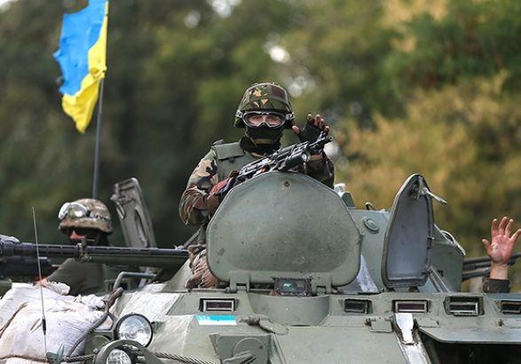 Штаб: Бойовики обстріляли позиції сил АТО біля Троїцького згранатометів та мінометів