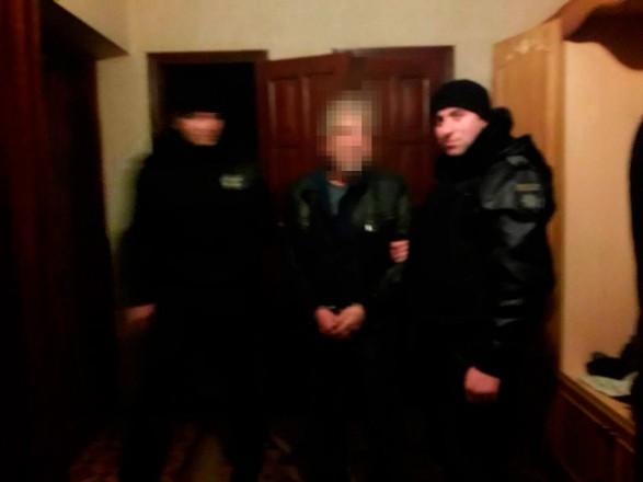 В Одеській області чоловік взяв власну сім'ю в заручники та влаштував стрілянину