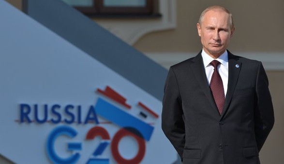 ЄСПЛ прийняв скаргу росіянина, арештованого за плювок у портрет Путіна