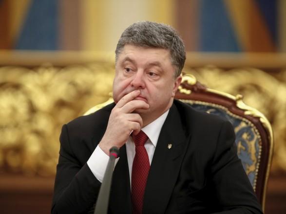 Порошенка викликають досуду усправі Януковича
