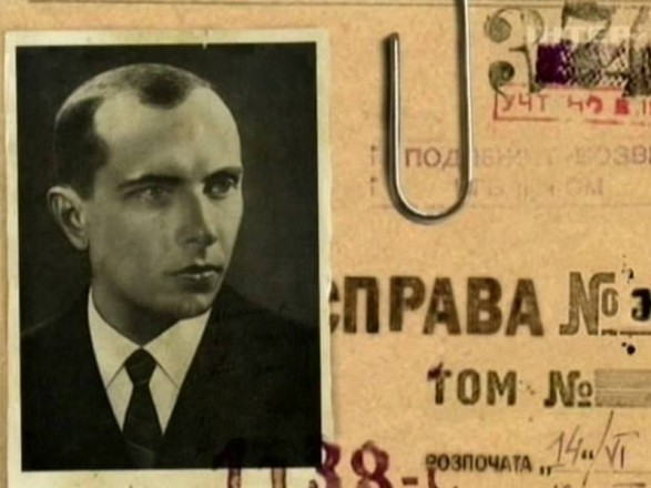 Оцінку діяльності Бандери дасть українсько-польська комісія – Порошенко