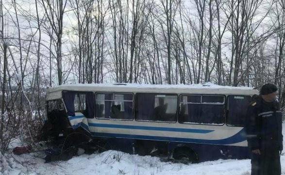 НаДрогобиччині автобус потрапив уДТП