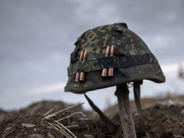 За минулу добу в зоні АТО один український військовий загинув, ще двоє отримали поранення