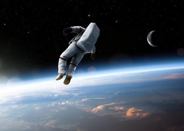 Побувши три тижні вкосмосі, японський астронавт почав збільшуватися врозмірі
