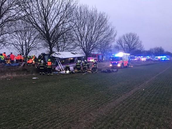 Кількість постраждалих у ДТП під Прагою зросла