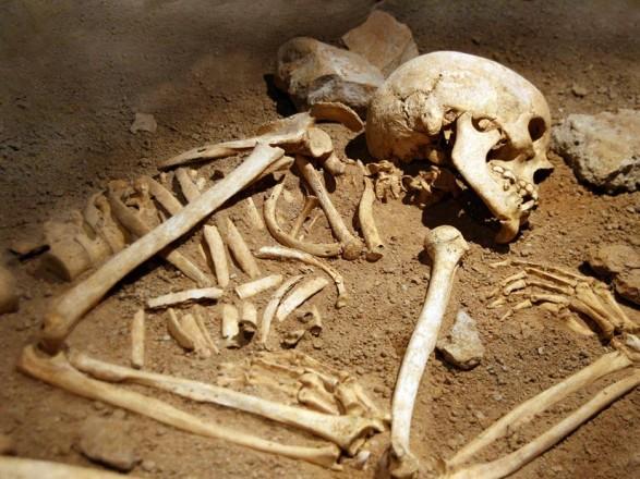 Моторошна знахідка: назвалищі знайшли останки маленької дитини