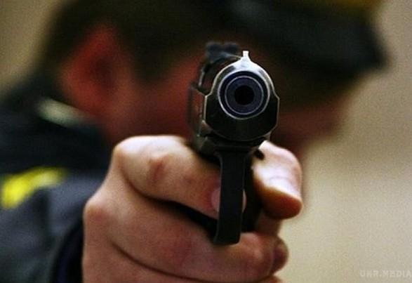 Стрілянина в Одесі: злочинець убитий, трьох поліцейських поранено