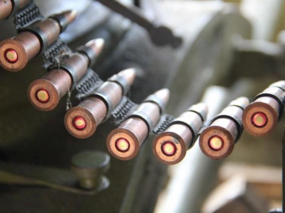 Бойовики обстріляли автобус наКПВВ наДонбасі: одна людина загинула
