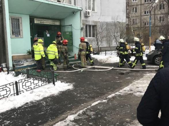 УКиєві сталася пожежа вбагатоповерхівці: є жертви