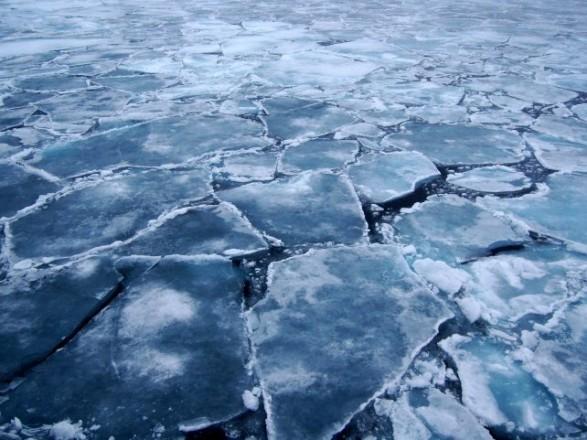 ВоЛьвове двое мальчиков провалились под лед: есть погибший