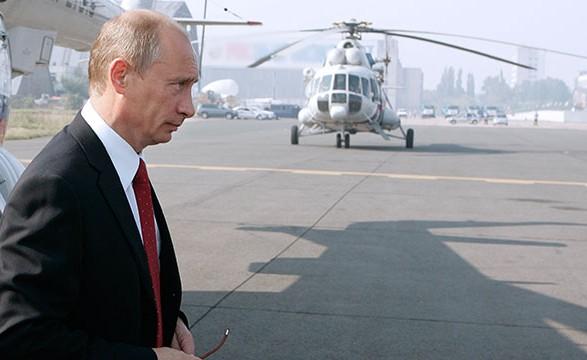 Путин поднял вопрос об аннексии Крыма после инцидента с его вертолетом