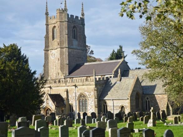 Английская церковь позволила использовать шпили на храм раздачи интернета
