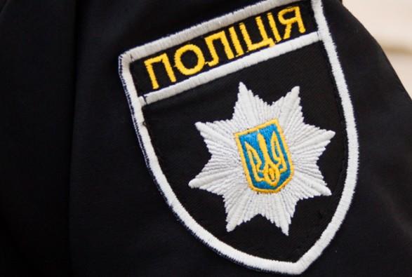 Поки в Іршаві полісмени вгамовували агресивного водія, у нього з кишені випав пістолет