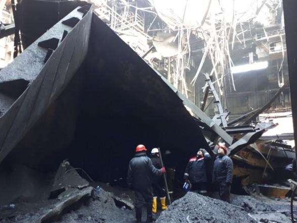 Під завалами даху заводу вКривому Розі загинув 25-річний робітник