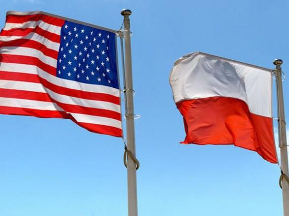 У Варшаві заперечили заборону контактів зі США