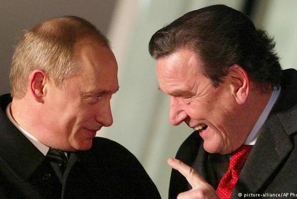 Клімкін закликав ЄС запровадити санкції стосовно екс-канцлера Німеччини Шредера