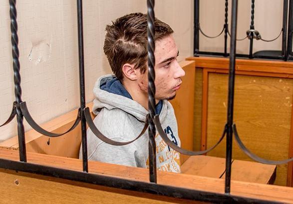 Суд в Росії залишив українця Гриба під вартою до травня